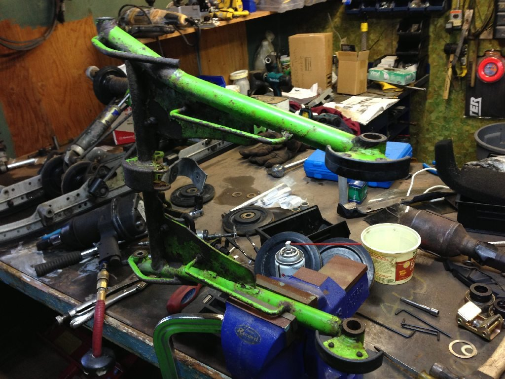 Rear Suspension Front Arm Brass Bushings Removal