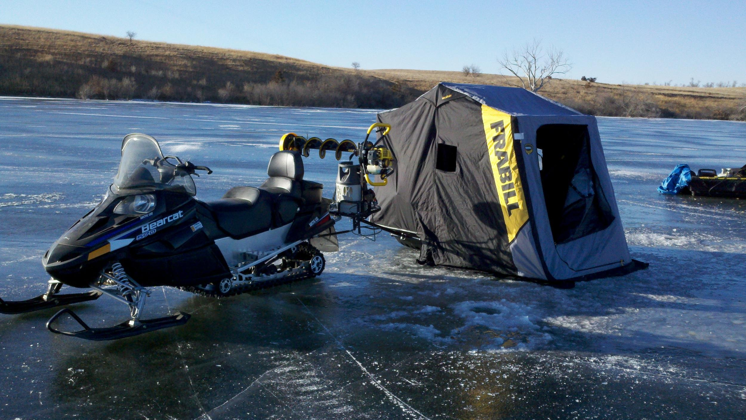D Bearcat Ice Fishing Auger Rack Pics