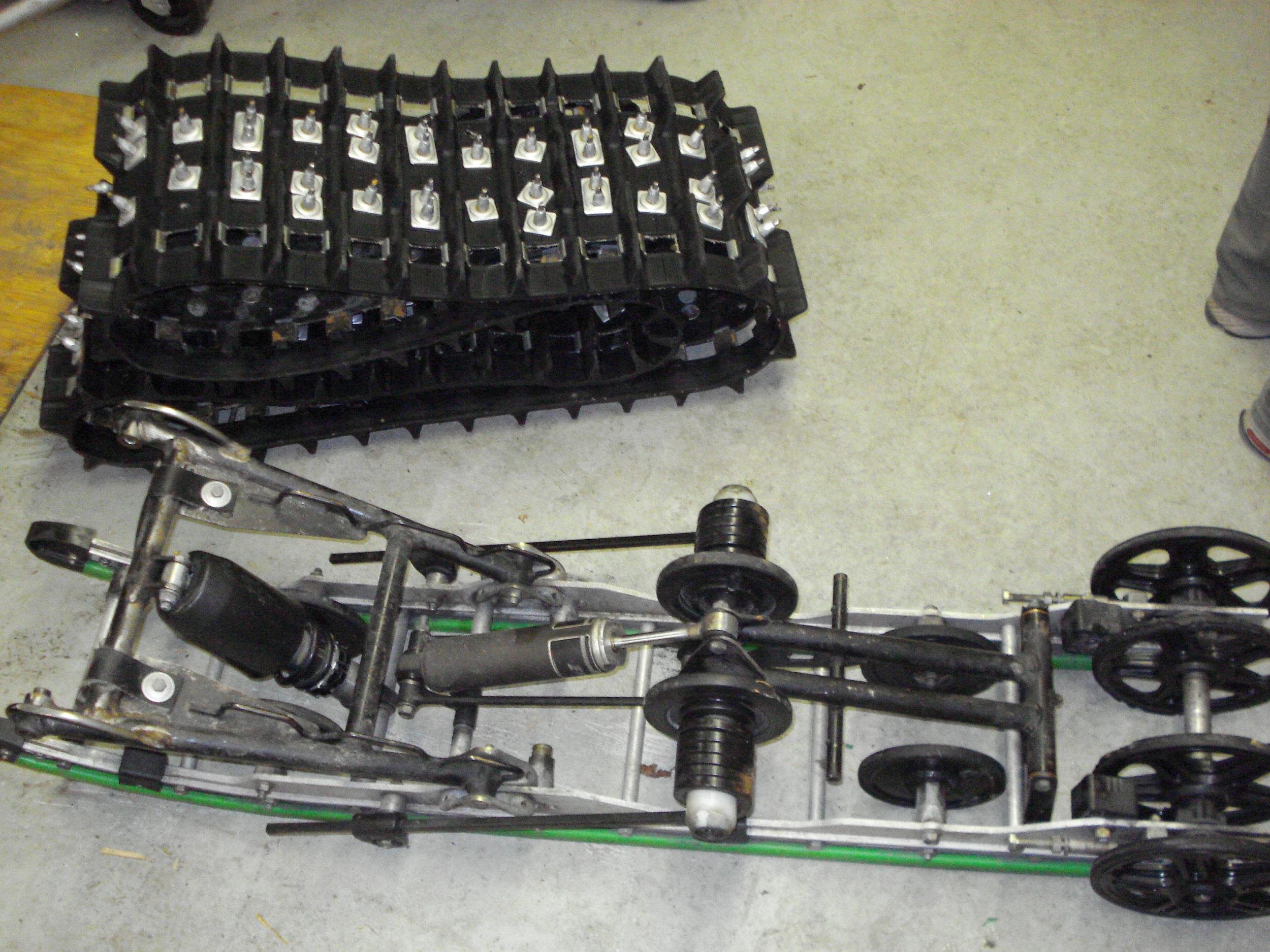 2005 F7 sno pro rear suspension-blackberry-1030-119.jpg