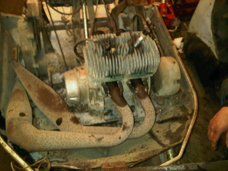 Help - 1972 EXT 290 Barn Find-ext-engine.jpg