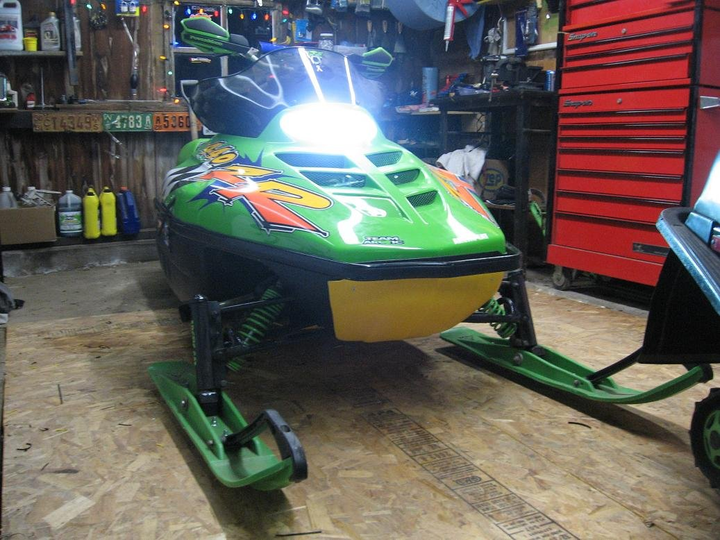Has Anyone Put Hid Lights In A Zr Arctic Cat Forum Zl 440 Wiring Diagram Click Image For Larger Version Name Img 0205 Views 394 Size 1372