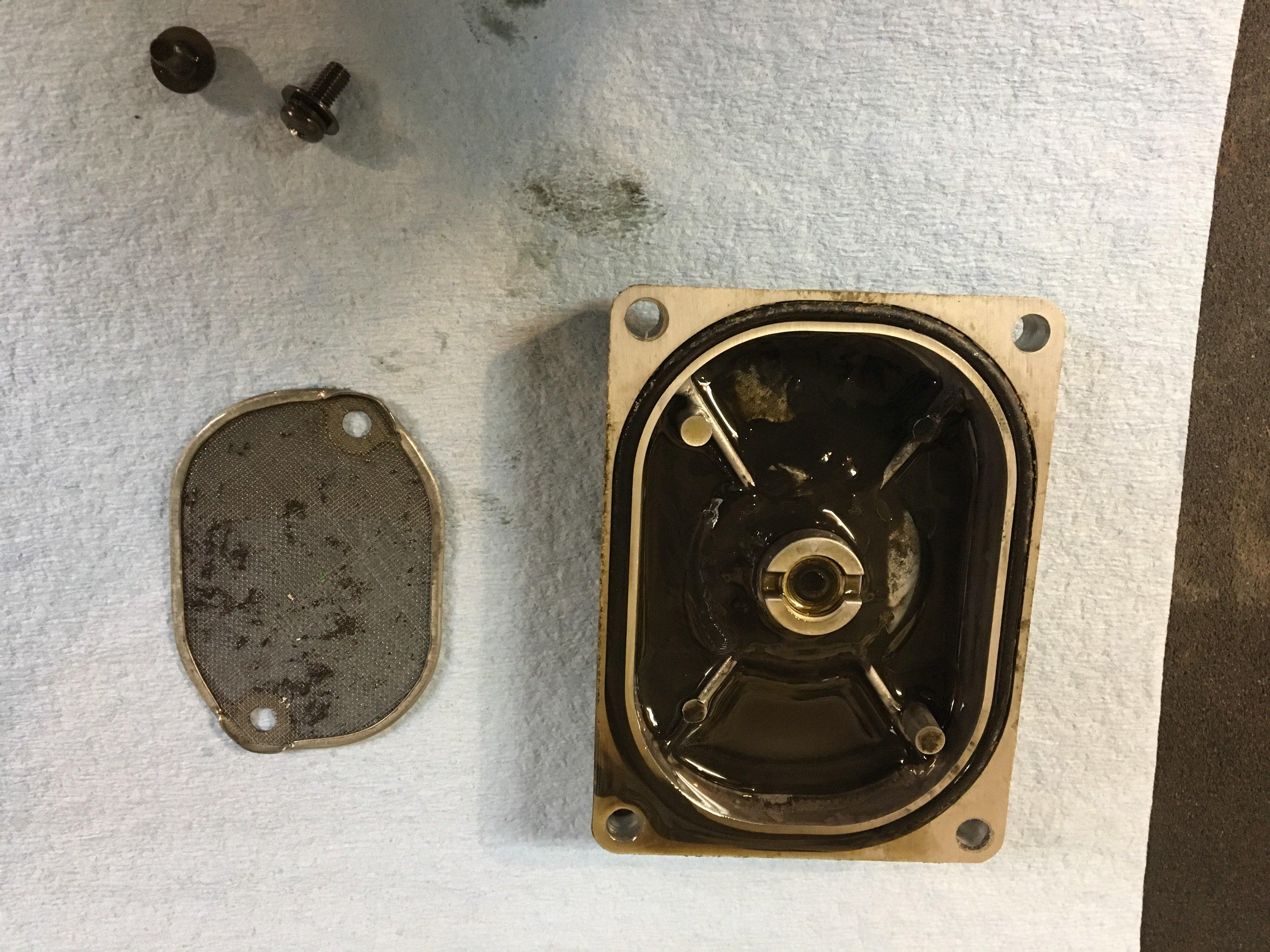 Sludge in engine question.-img_0487.jpg