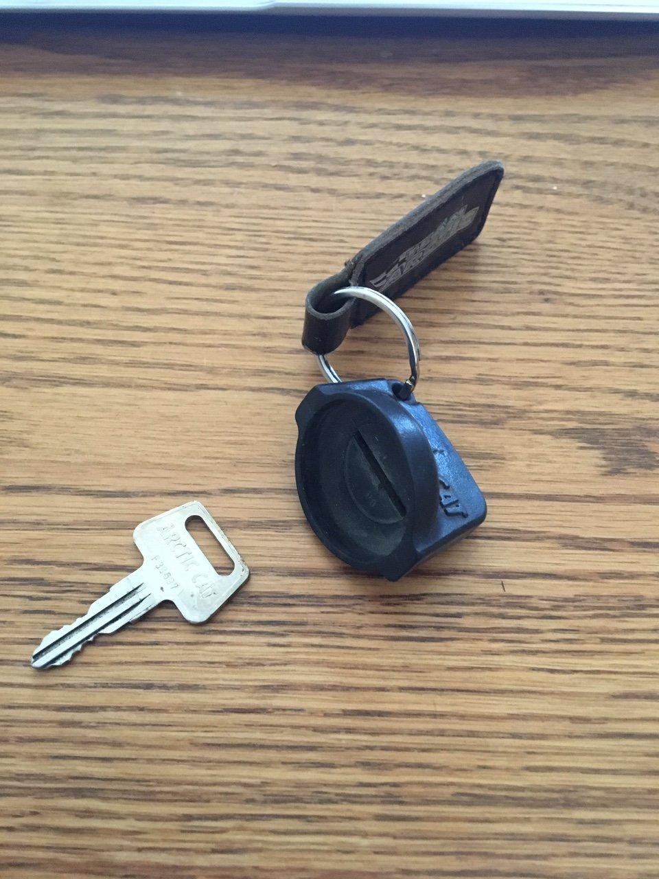 Remove key from 1997 Bearcat-img_2019.jpg