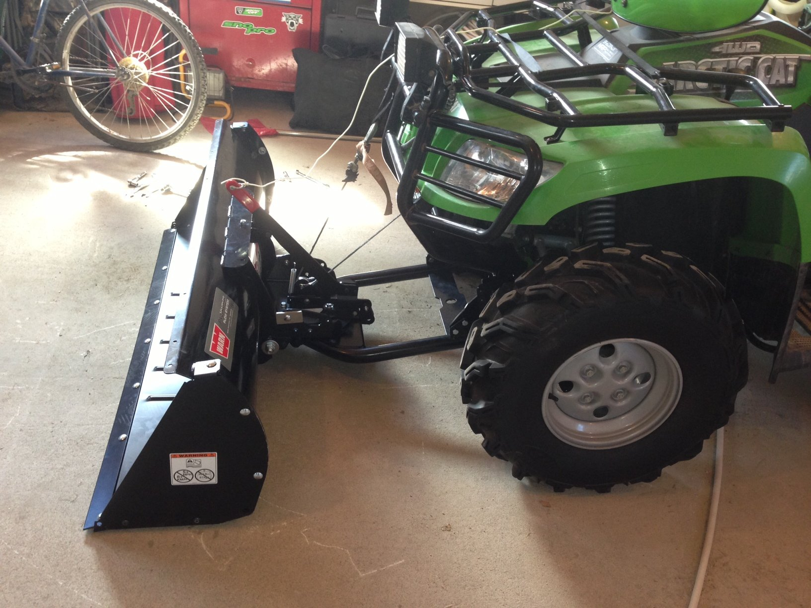 Pros And Cons Of Swisher And Warn Front Bucket Loader