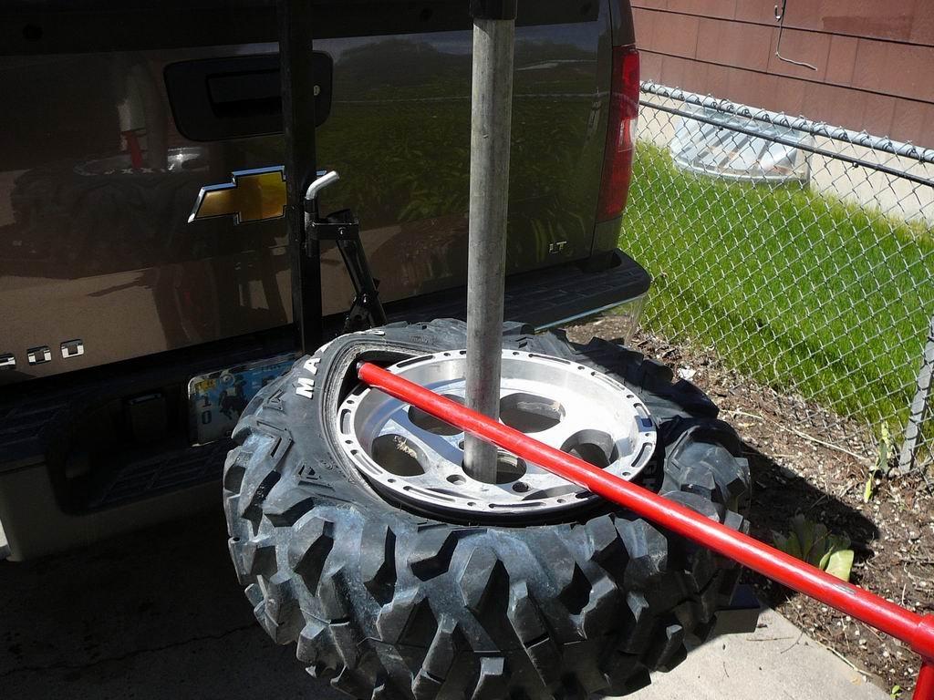 breaking a tire down  - arcticchat com