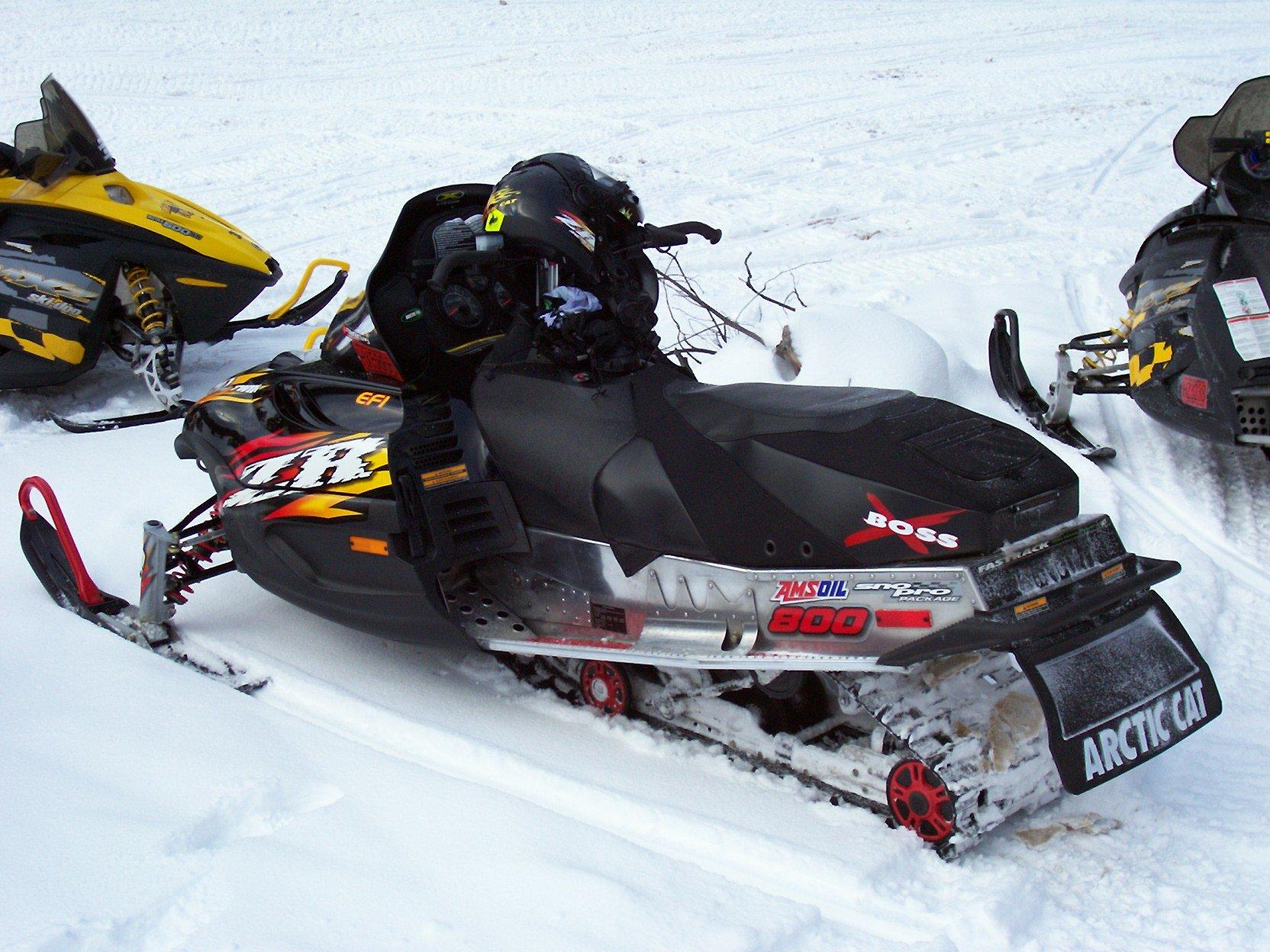 Arctic Cat Zr  Track Size